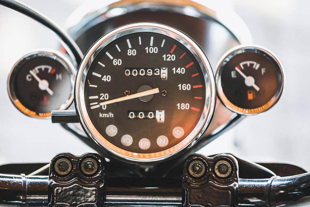 Rebel - speedometer